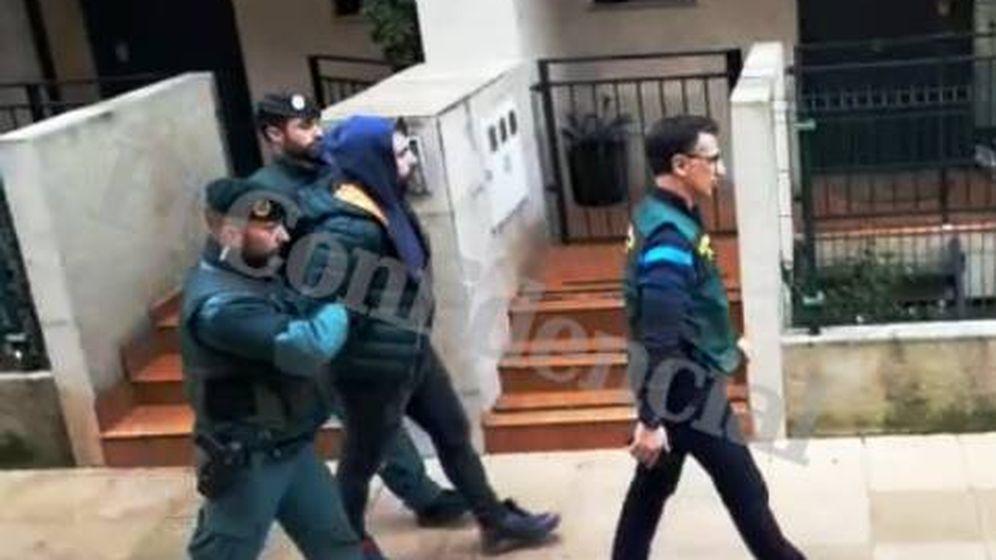 Foto: Detención en Amorebieta del presunto autor intelectual del asesinato del concejal de Llanes. (Jose Mari Alonso)
