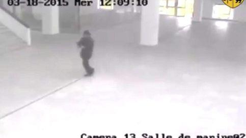 Uno de los tres terroristas que actuaron en Túnez continúa libre