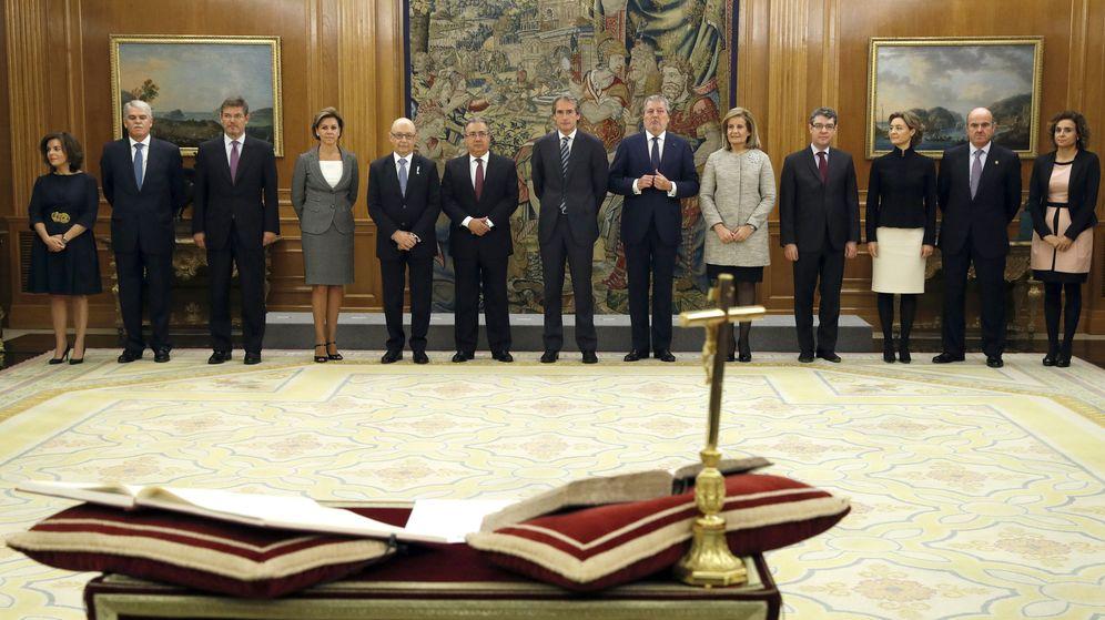 Nuevos ministros gobierno rajoy promesa o juramento qu for Ministros de espana