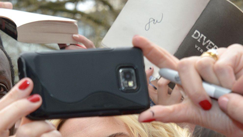 Kate Winslet se niega a firmar una fotografía de su desnudo en 'Titanic'