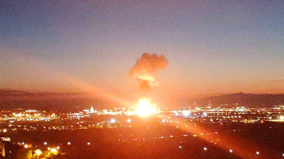 La explosión de la planta petroquímica de Tarragona (La Canonja), en imágenes