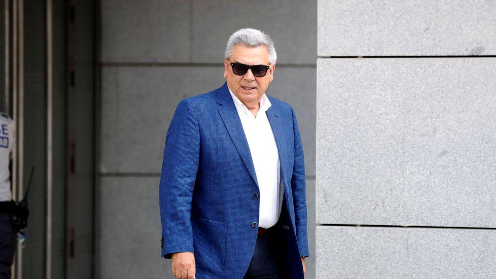 Foto: El excomisario general de Policía Judicial Julio Corrochano a su llegada hoy a la Audiencia Nacional. (EFE)