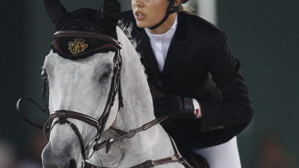 Carlota Casiraghi vende su caballo de competición por su embarazo