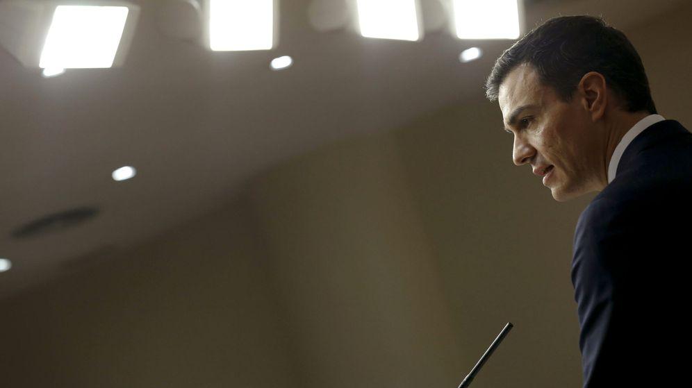 Foto: Pedro Sánchez, el pasado 22 de enero en el Congreso, tras su entrevista con el Rey. (EFE)