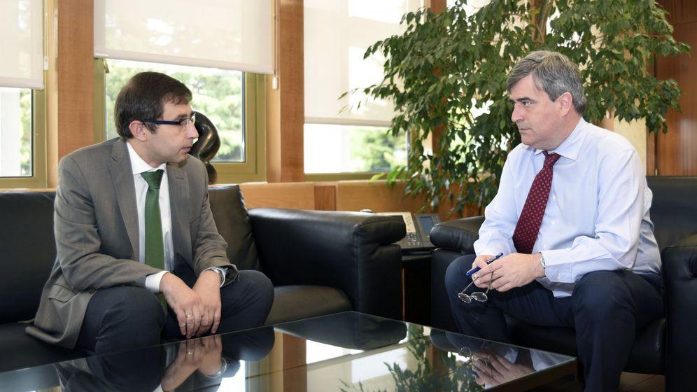 Foto: Enrique Gómez Bastida (I), junto a Miguel Cardenal (D).