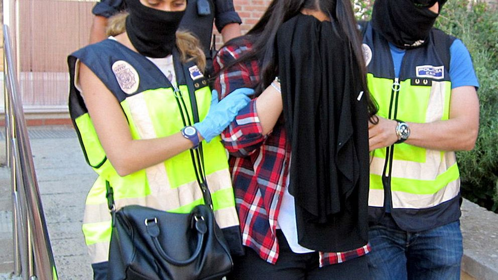 Con familia, educados y de ambos sexos: los nuevos yihadistas españoles