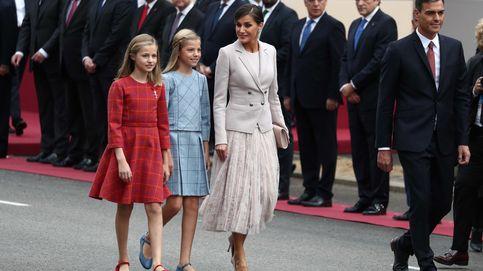 Leonor ejerce de princesa en el Día de la Hispanidad: toisón y a la derecha del Rey