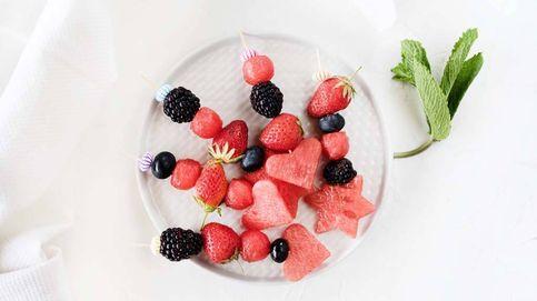 Brochetas de sandía, fresa y mora: una golosina natural