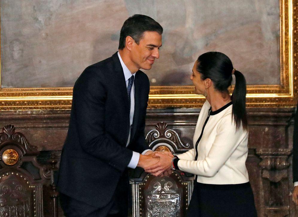 Foto: Pedro Sánchez, con la jefa de Gobierno de Ciudad de México, Claudia Sheinbaum, este 31 de enero en la capital mexicana. (Reuters)