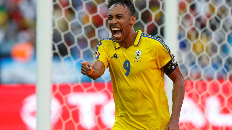 Pierre-Emerick Aubameyang celebra un gol durante la Copa de África   Reuters