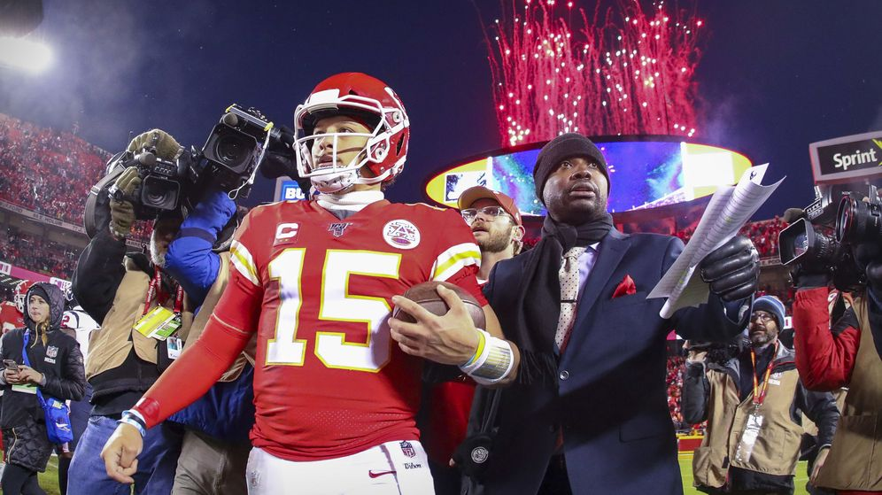 Foto: Los Kansas City Chiefs acabaron con los fuegos artificales del estadio (Foto: Jay Biggerstaff-USA TODAY Sports)