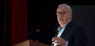 Post de La 'cacerolada' de Vicente del Bosque por las críticas a Pedro Sánchez por el coronavirus