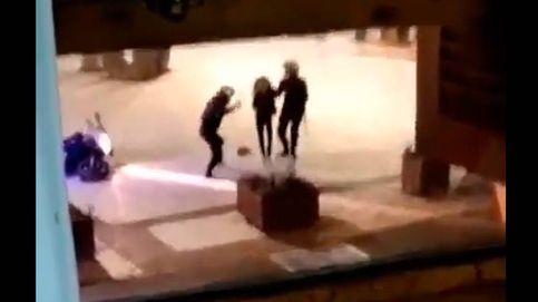 Expedientan a los policías que fueron grabados dando una paliza a una mujer en Benidorm