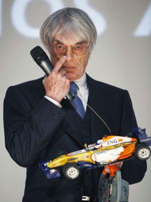 """Ecclestone: """"Alonso debería correr en Ferrari algún día"""""""