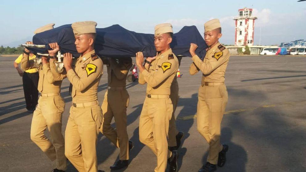 Un controlador aéreo da su vida para salvar un avión de pasajeros en Indonesia