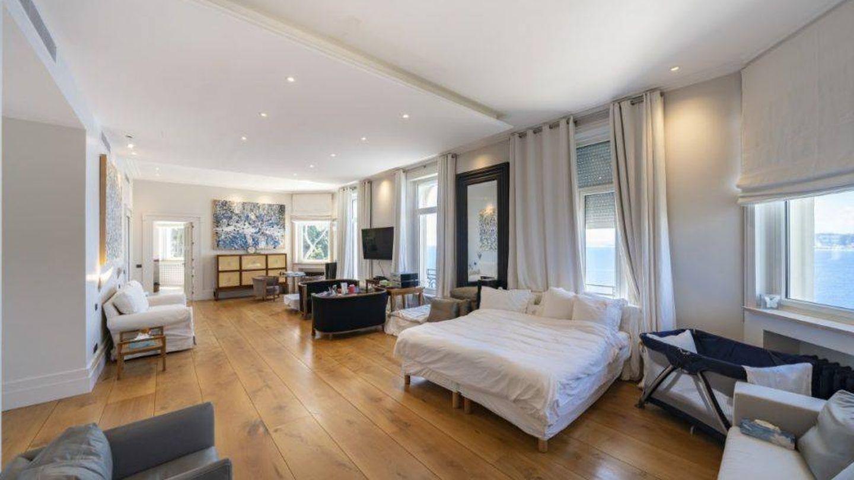 Elegante dormitorio. (Top Ten Real State Deals)