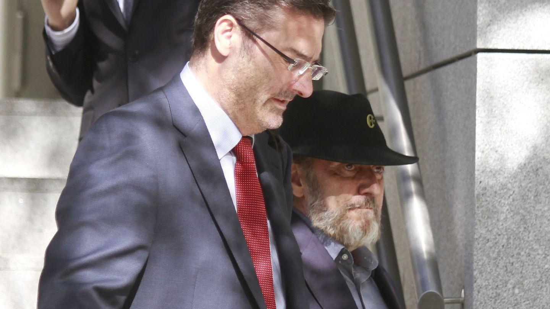 Fernando Peña, con sombrero y barba, presunto cerebro de la trama de los actores de 'Cuéntame'. (EFE)