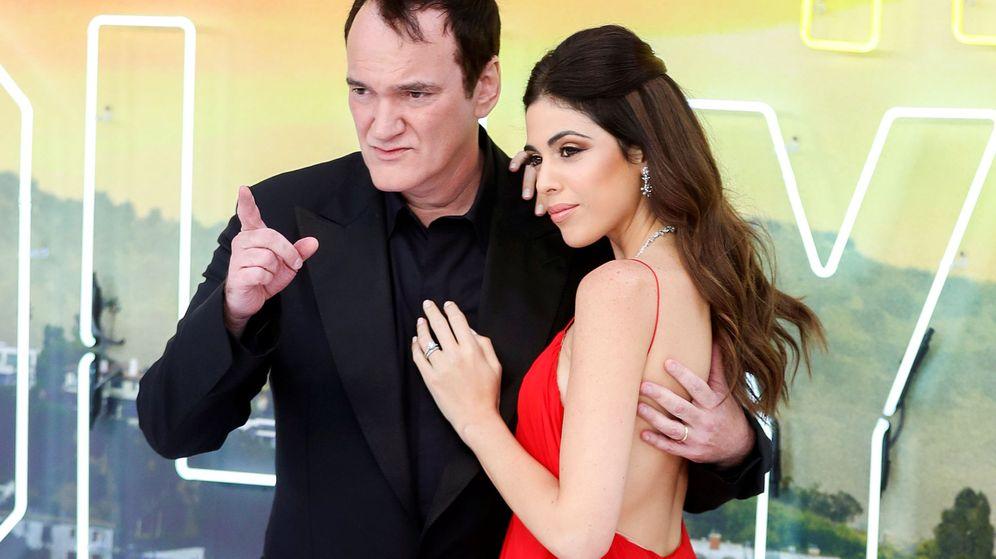 Foto: Quentin Tarantino y Daniella Pick en la 'premiere' de 'Once Upon a Time in Hollywood' en Londres. (Reuters)