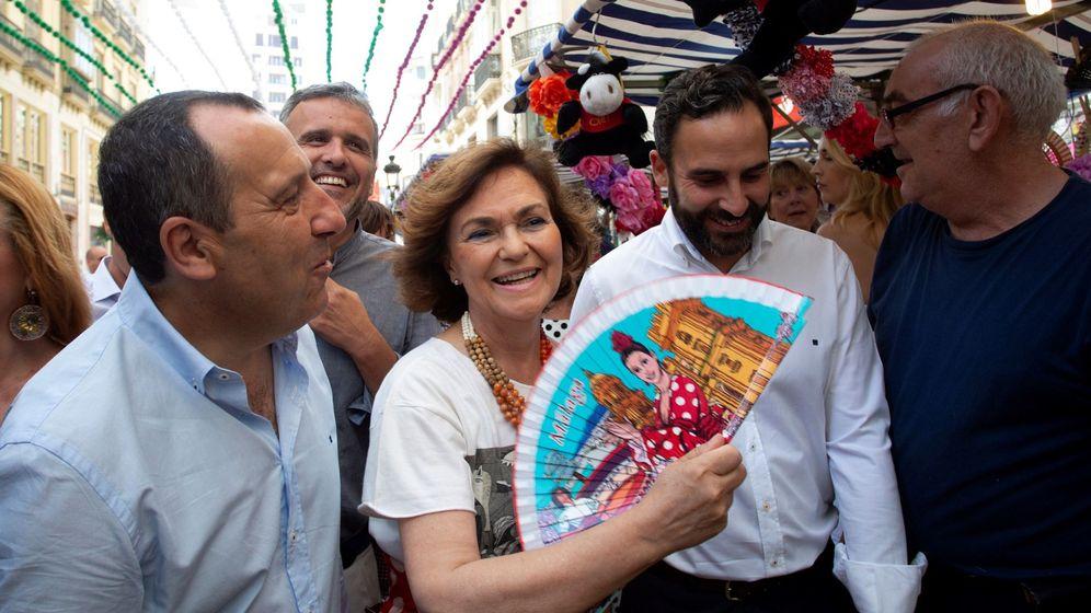 Foto: Carmen Calvo este sábado en la Feria de Málaga. (EFE)