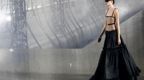 Carla Bruni en el homenaje de Saint Laurent en París a Rocío Jurado