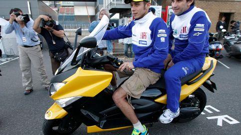 Fernando Alonso tiene nuevo jefe en la F1: el gran 'socio' de Valentino Rossi en MotoGP