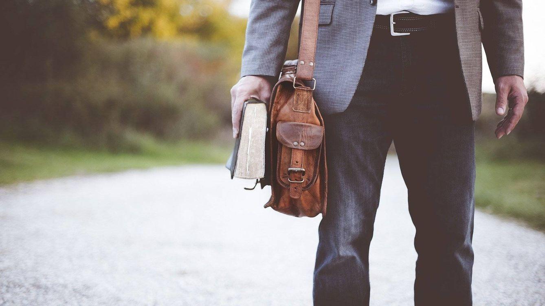 Bolsos bandoleras para guardar llaves, cartera o móvil e ir a la moda