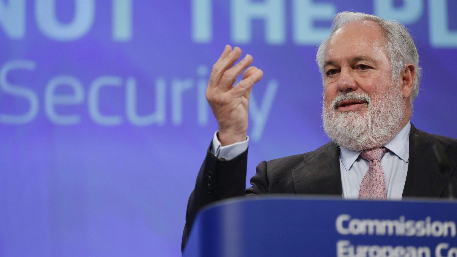 Foto: Arias Cañete en la Comisión Europea. (Efe)