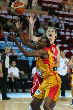 Alba Torrens y Sancho Lyttle llevan a España a semifinales del Eurobasket