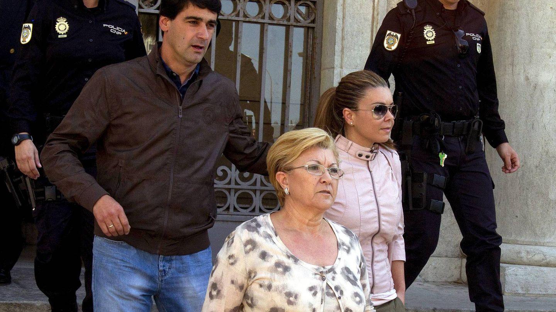 Jesulín apoyó a su mujer y a su suegra en el juicio, en 2011. (EFE)