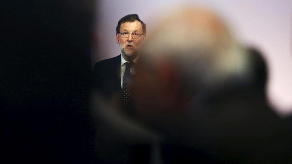 Rajoy adelanta al verano las buenas nuevas en pagas, pensiones e inversión