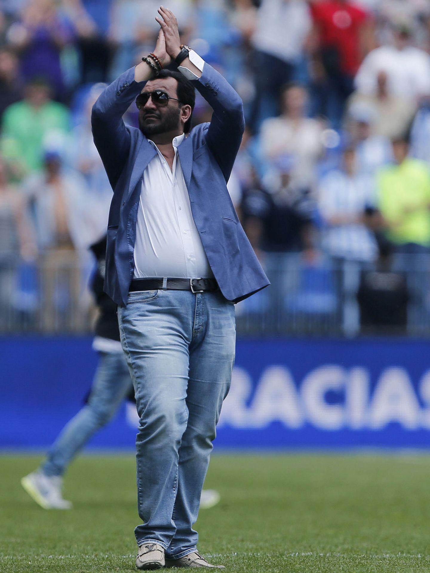 El jeque Al Thani, tras un partido en La Rosaleda en la temporada 2015-2016 (EFE).
