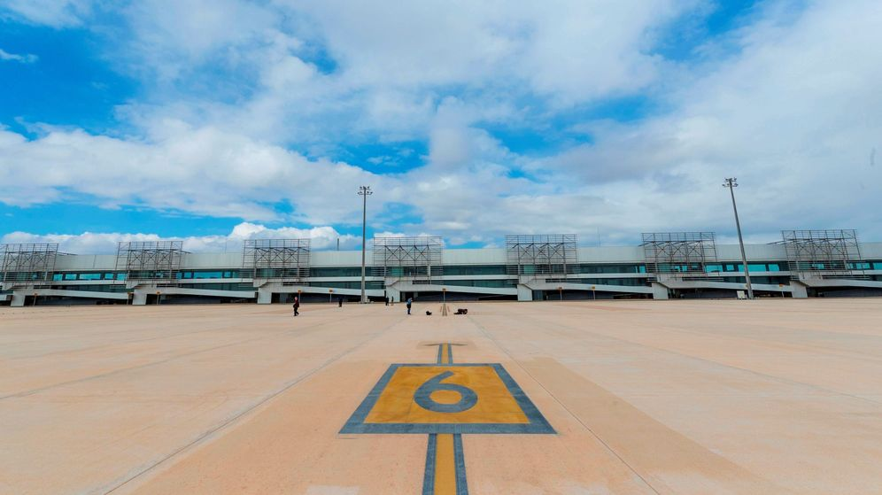 Foto: Vista del Aeropuerto Internacional de Corvera en la Región de Murcia. (EFE)