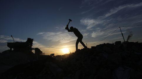 Reciclan casas destruidas en material para construcción