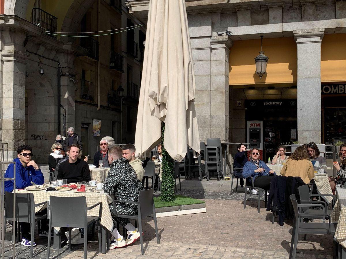 Foto: Turistas en Madrid. (EFE)