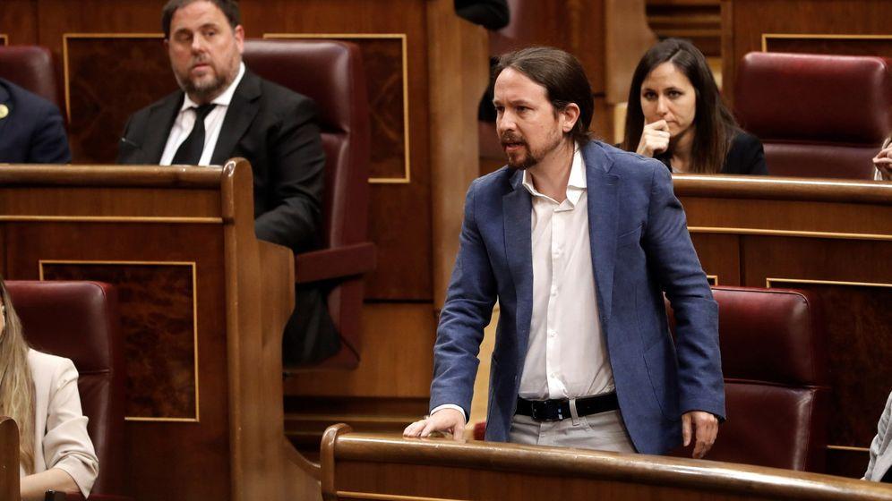 Foto: Pablo Iglesias promete su cargo ante las Cortes. (EFE)