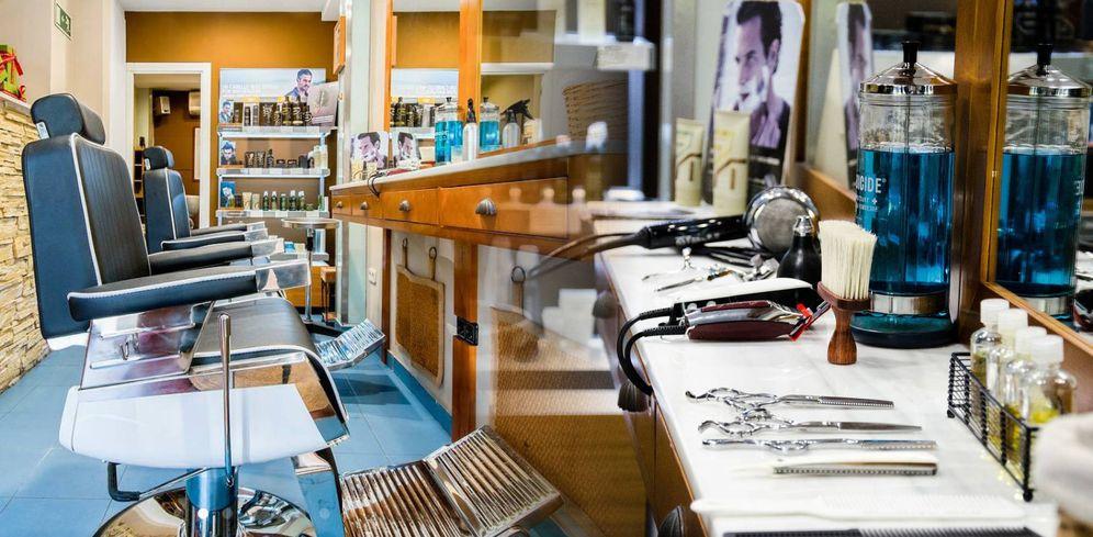 Foto: El interior de la peluquería de Manuel Aranda, en Madrid.