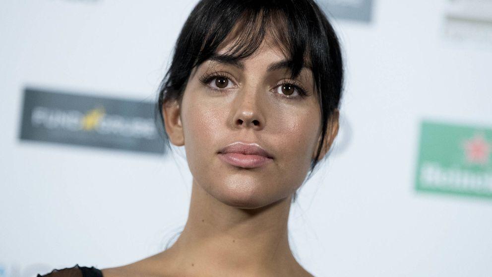 Georgina Rodríguez posa sin Cristiano (y nos recuerda a Kim Kardashian)