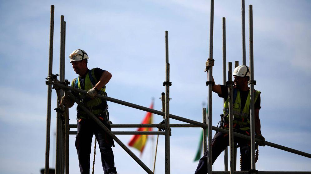 Foto: Un 42% de los puestos relacionados con la construcción estarán en peligro. (Reuters)