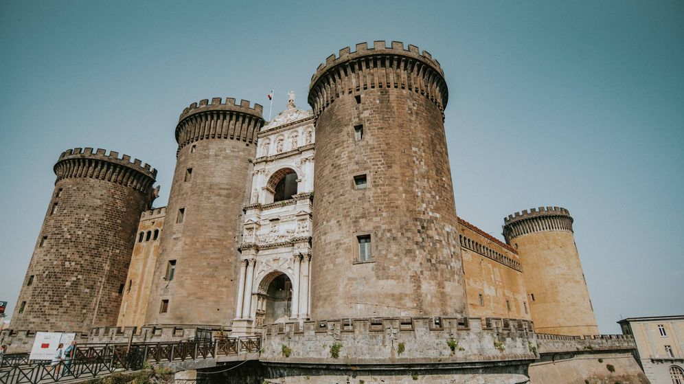 Foto: Los castillos más bonitos para visitar estas vacaciones en España. (Ronni Kurtz para Unsplash)