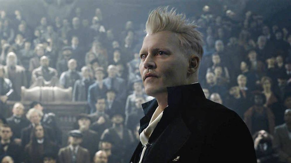 Foto: Johnny Depp, caracterizado como Grindelwald en la nueva entrega de 'Animales fantásticos'.