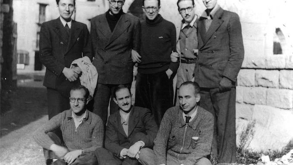 El franquismo bajo otra luz ¿Qué esconde esta foto de los fundadores del Opus?