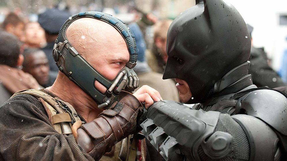 Foto: Bane contra Batman en 'El caballero oscuro: la leyenda renace'. (Warner)