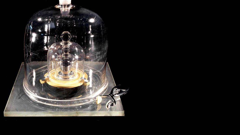Foto: La barra de iridio que marca el estándar del kilogramo (BIPM)