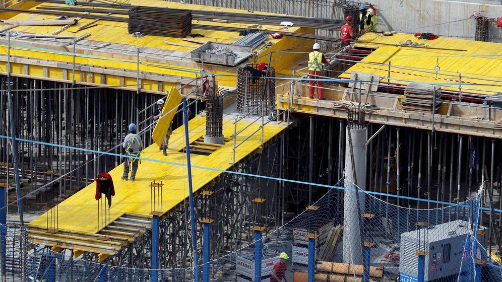 Foto: Construcción de viviendas en Bilbao. (Efe)