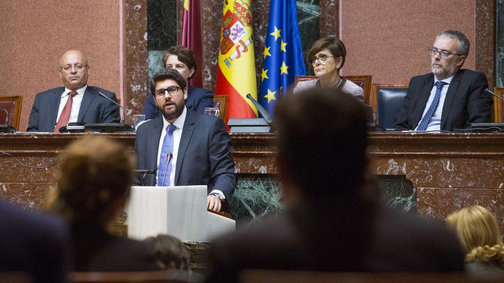 Abstención técnica: C's estrena relación con el PP de Murcia invistiendo a Miras