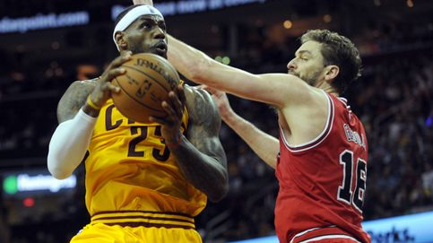 LeBron se reivindica frente a los Bulls y suma 33 puntos para dar vida a los Cavaliers