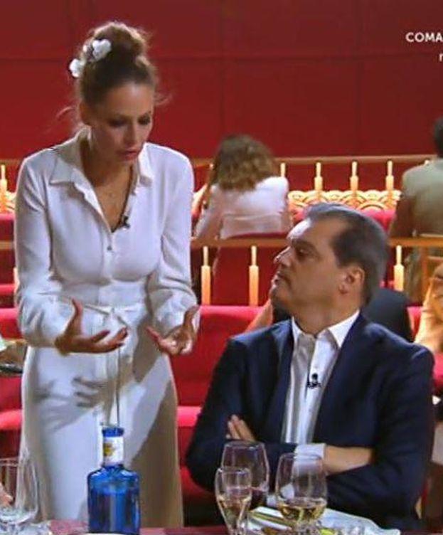 Foto: Ramón García hablando con Eva González en 'MasterChef Celebrity'