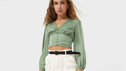 3 colores, muy sensual y low cost: la blusa de fondo de armario de Stradivarius