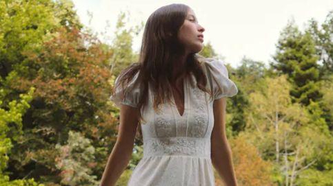 Las novias de una boda civil necesitan este diseño blanco de Zara (a un precio de infarto)