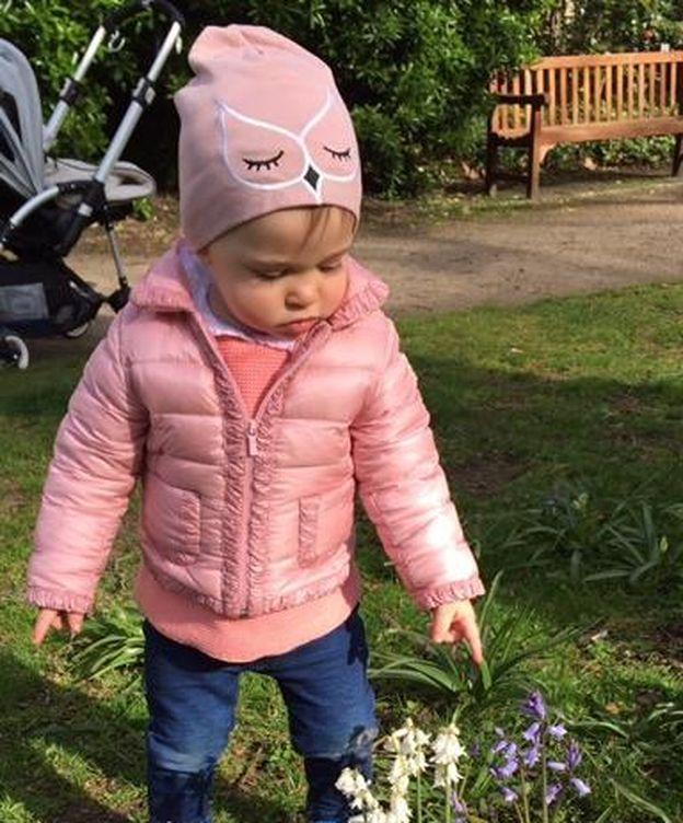 Foto: La princesa Leonore disfrutando de la primavera (Facebook)